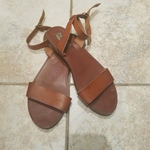 Steve Madden Ankle Wrap Around Flat Sandals 9.5